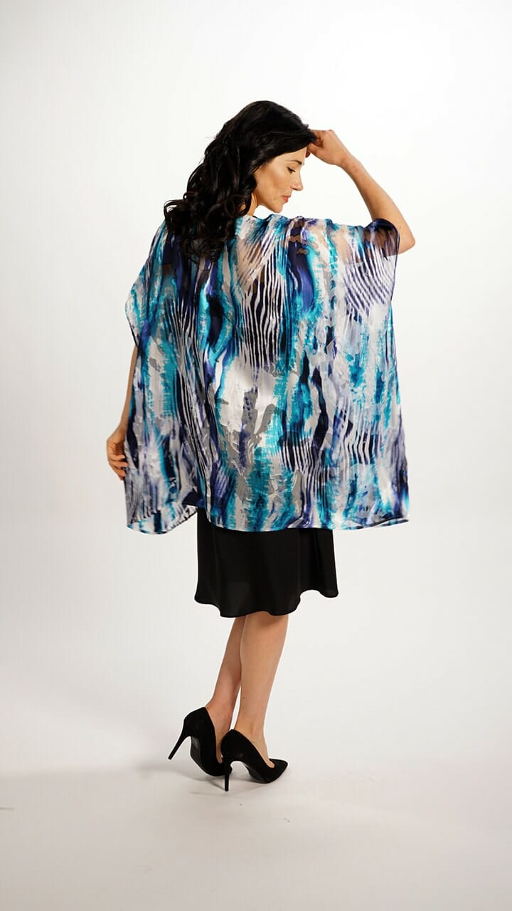 Silk Square Top in Water Flow